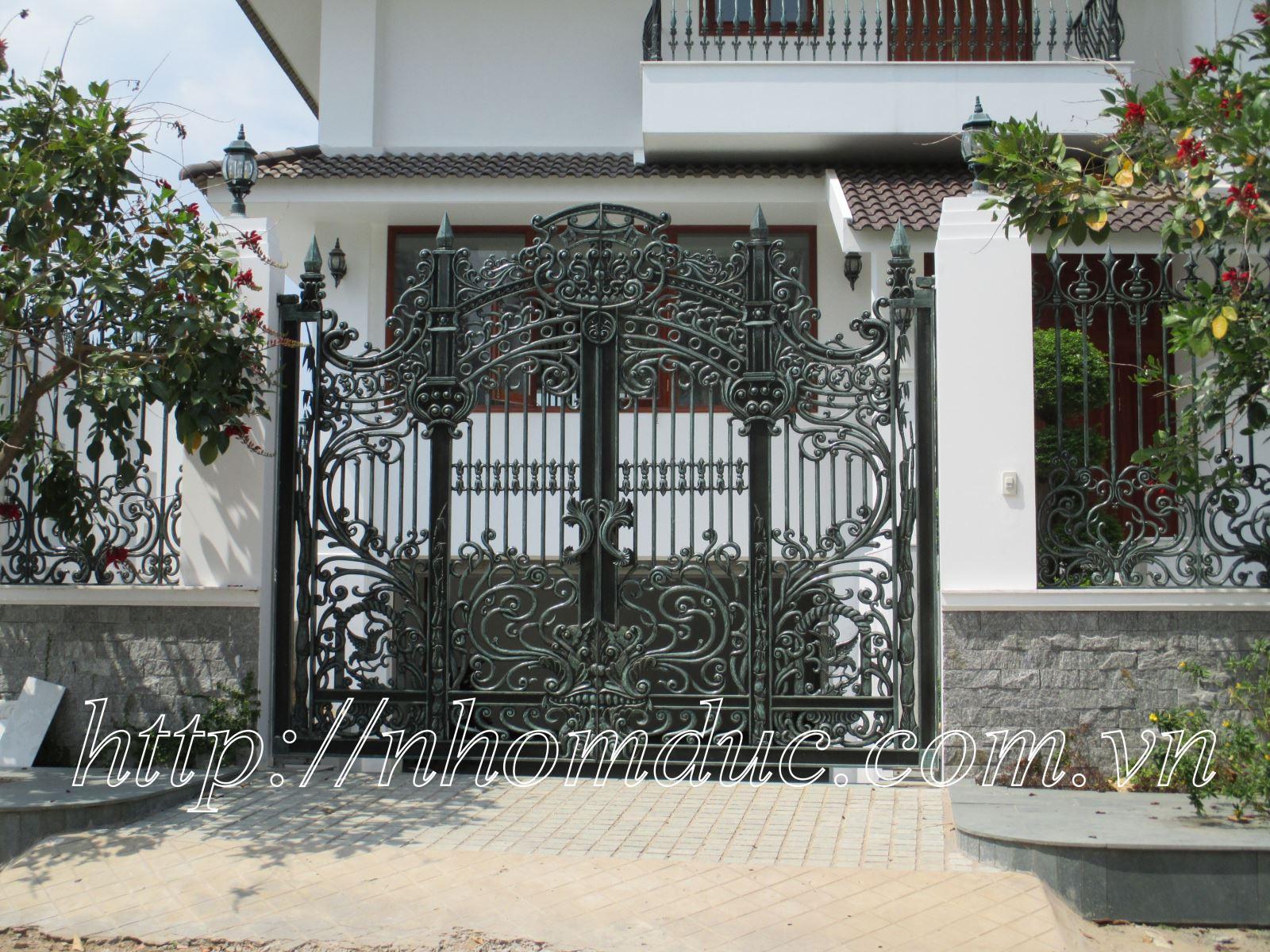 Tổng hợp các mẫu thiết kế cửa cổng nhôm đúc đẹp