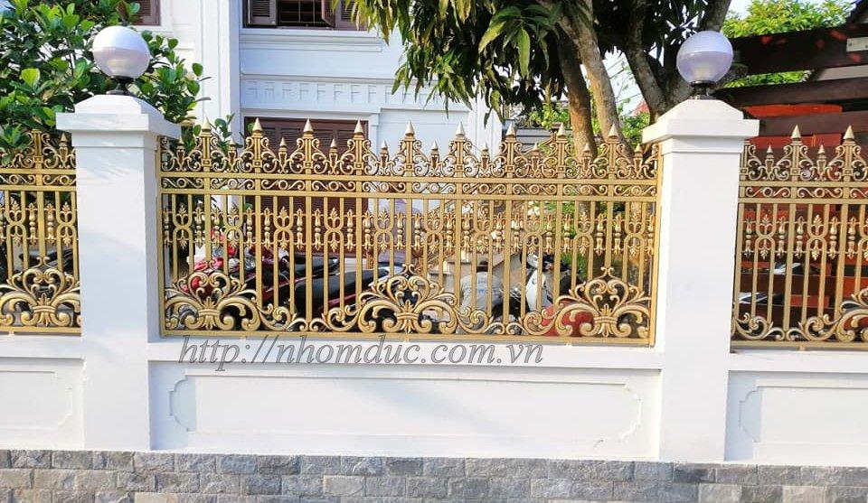 Báo giá cổng nhôm đúc Fuco, giá 220kg