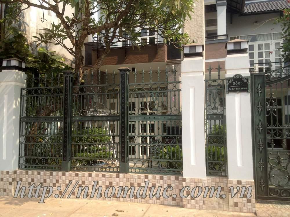 Cổng rào đẹp giá rẻ tại Tp HCM, Cổng nhôm đúc
