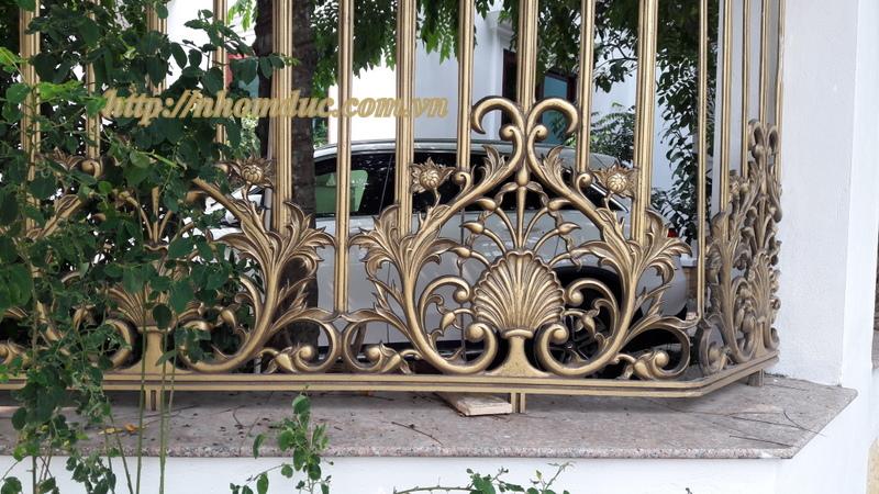 Hàng rào nhôm đúc hợp kim HR 120, Hàng rào nhôm đúc biệt thự, hàng rào nhôm đúc được làm từ 96% nhôm. Hàng rào, cổng cửa nhôm đúc có chất lượng