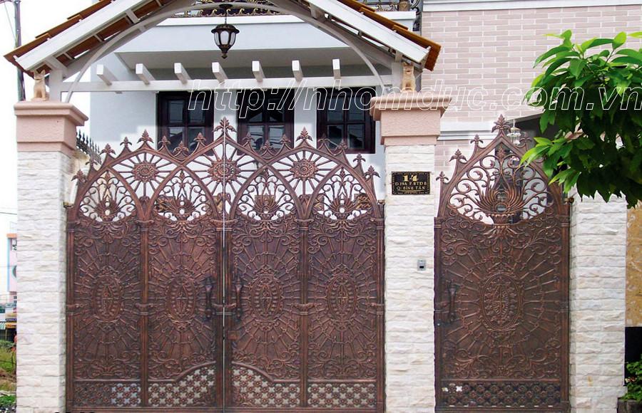Cổng nhôm đúc, Cổng cửa nhôm đúc Hà Nội