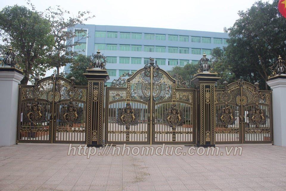 Nhôm đúc Hà Nội, các dòng sản phẩm nhôm đúc như cửa nhôm đúc, cổng nhôm đúc, hàng rào nhôm đúc cao cấp cn Nhật Bản