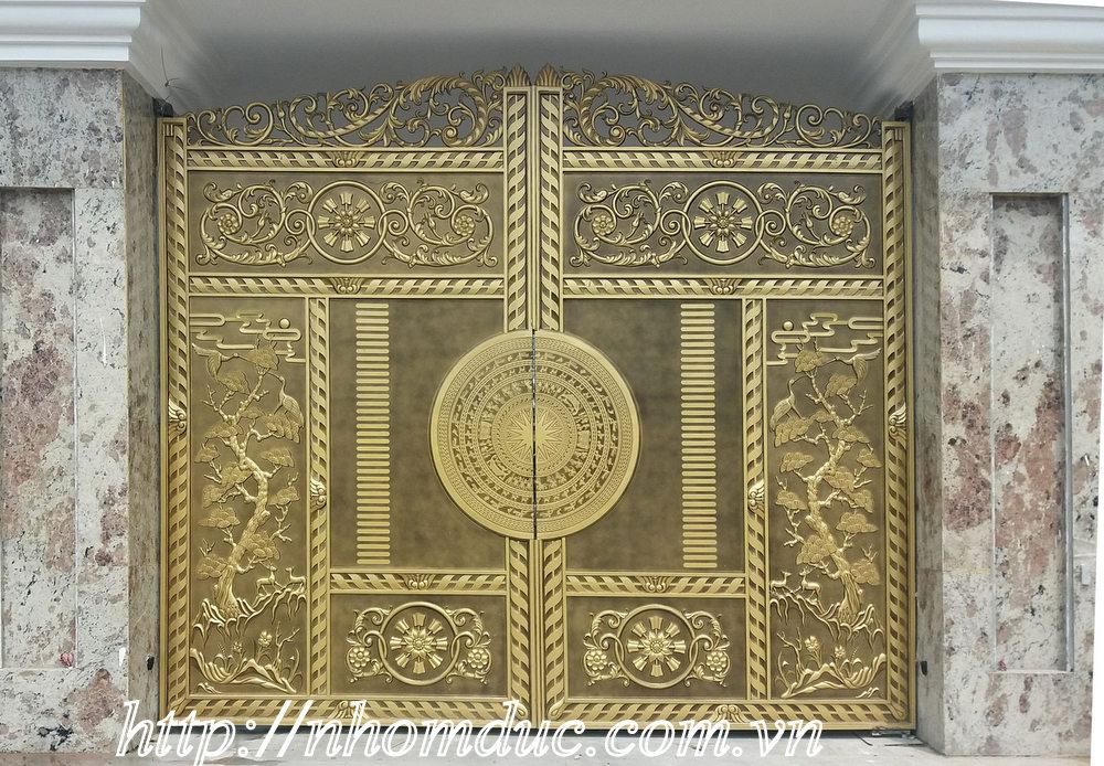 Cổng cửa hợp nhôm đúc Hà Nội, như cổng nhôm đúc, cửa nhôm đúc các sản phẩm cổng cửa biệt thự tại Thủ đô Hà Nội như quận Hoàn Kiếm, Hoàng Mai,